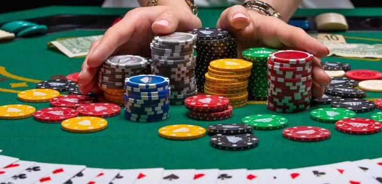 Er du vild med kortspil? Sådan spiller du kortspillet Kasino